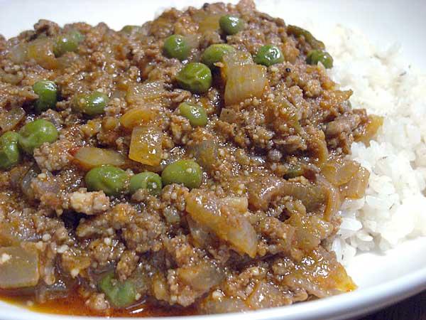 挽肉とグリーンピースのカレー