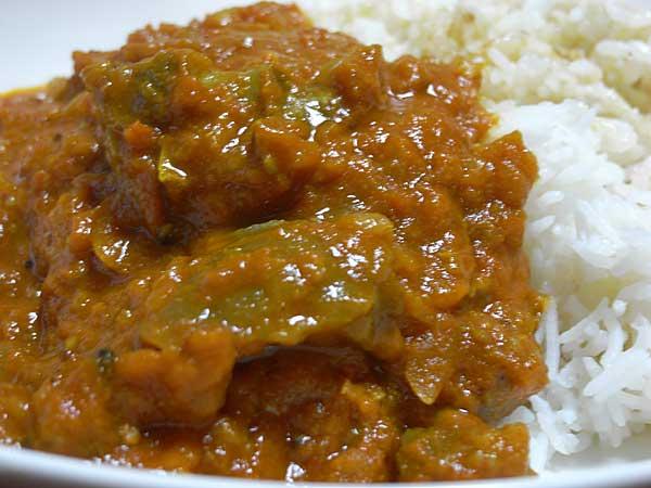 スジ肉カレー印度的スペッシャル同居人改