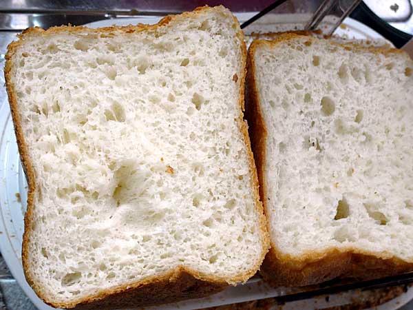 炊飯米入りパン